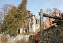 Ruina kostela v Bílém Kostelci